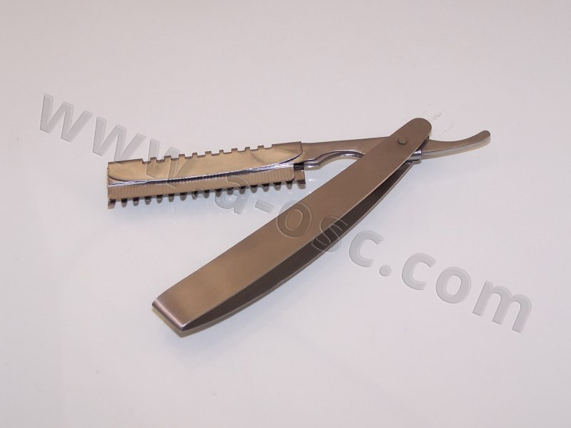 Barber Razor Stainless Steel Handle With Feather Style Cut Blade